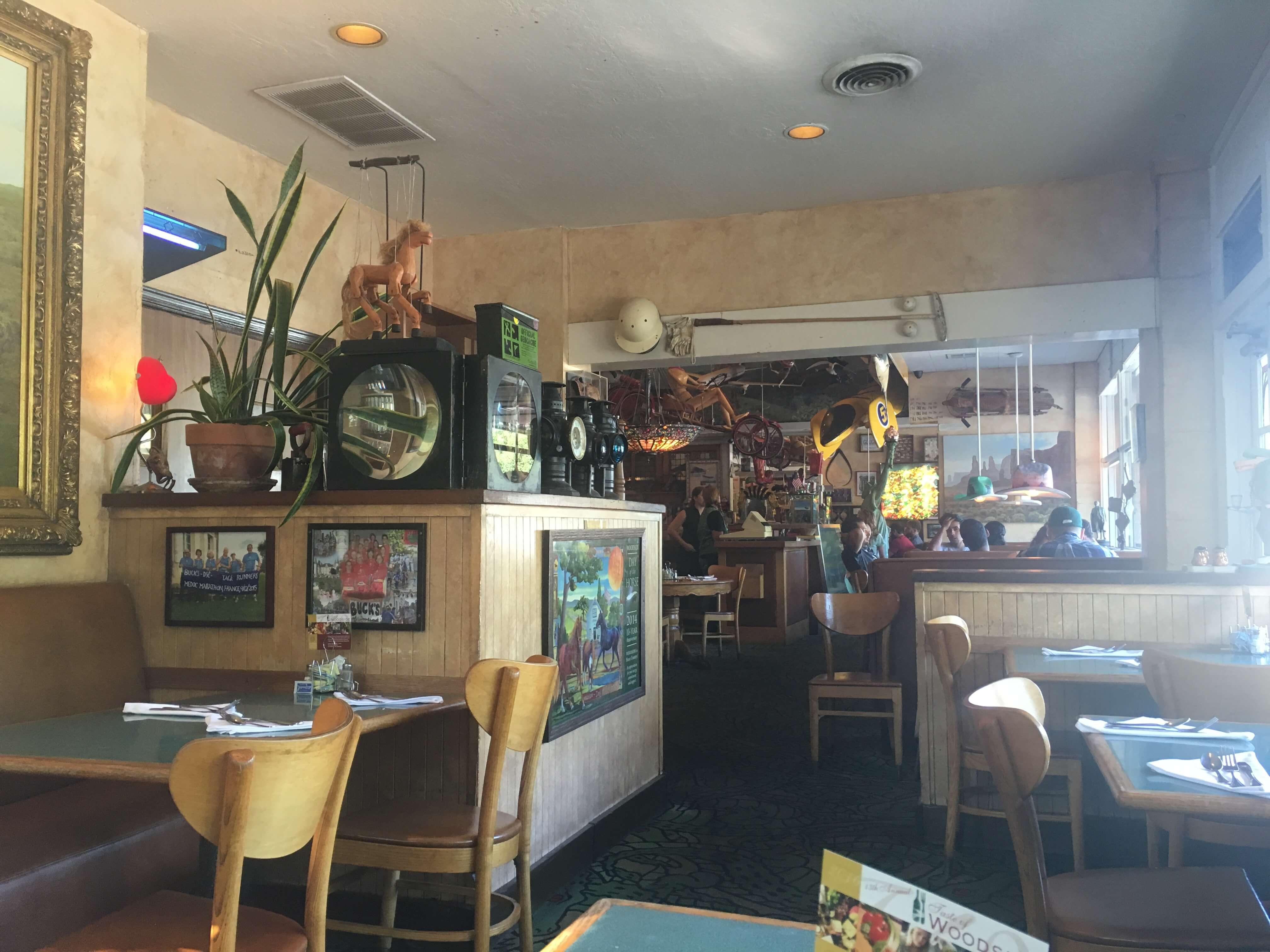 buck-s-of-woodside-silikon-vadisi-restoran-4