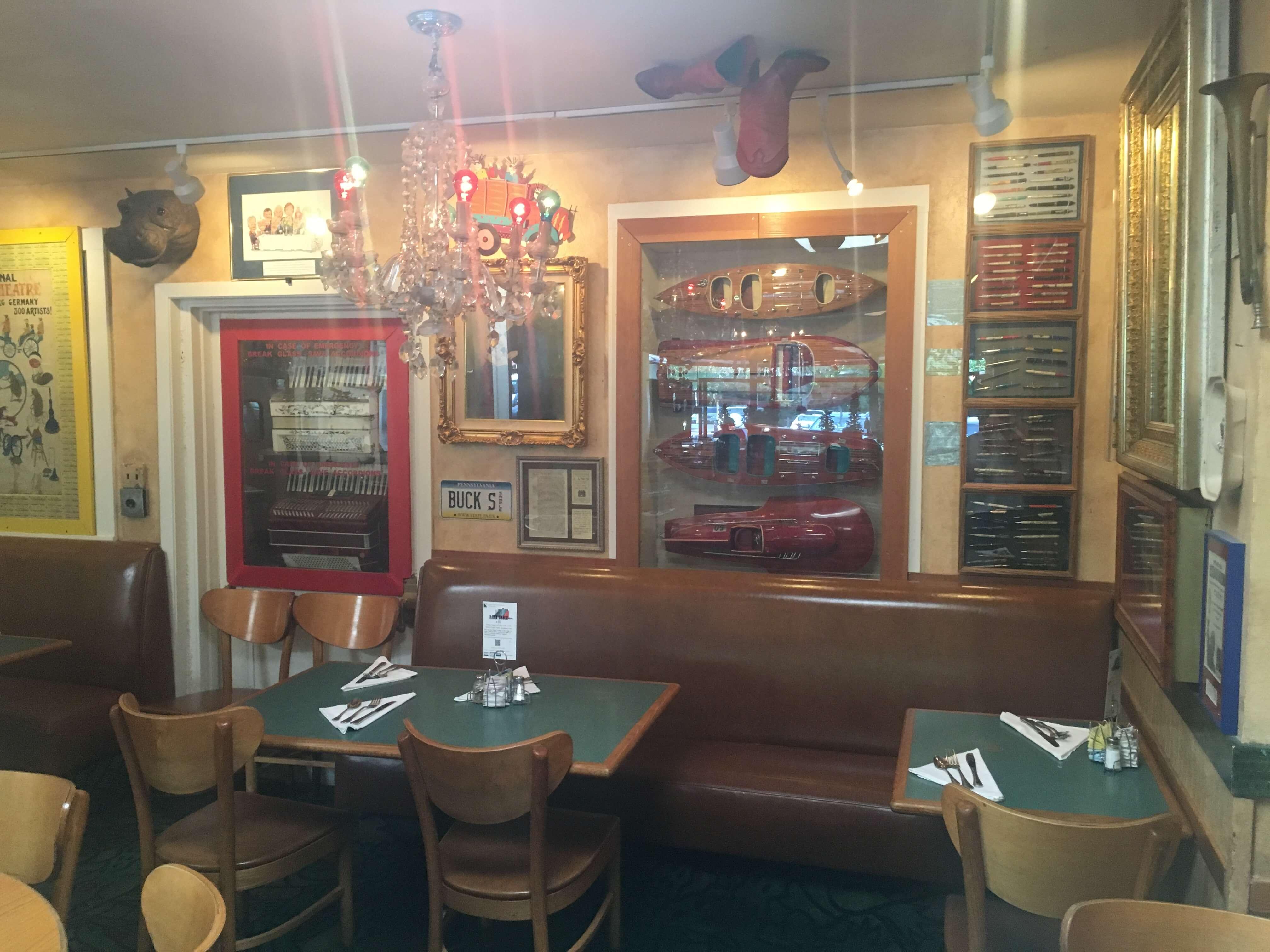 buck-s-of-woodside-silikon-vadisi-restoran-2